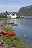 Das Dorf Plockton liegt am Loch Carron, Highlands