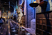 GREAT HALL, STUDIO TOUR LONDON, THE MAKING OF HARRY POTTER, WARNER BROS, LEAVESDEN, UNITED KINGDOM