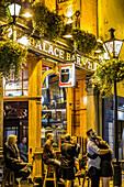 THE PALACE BAR, TERRACE PUB AND RESTAURANT, FLEET STREET, DUBLIN, IRELAND