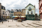 Market place Place Notre Dame with fountain and cafe in summer, Josselin, Dept. Morbihan, Brittany, France, Europe