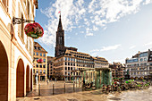 View from Gutenberg square to the Cathedrale Notre-Dame cathedral with bicycles, Strasbourg, Alsace-Champagne-Ardenne-Lorraine, France, Europe