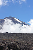Ascent of Kilimanjaro on the Machame route; View of the summit; Tomorrow of the second stage