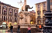 Monument, elephant made of lava stone, on Piazza Duomo, Catania, east coast, Sicily, Italy