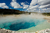 Sapphire Pool\nBiscuit Basin\nYellowstone National Park\nWyoming. USA\nLA006724\n
