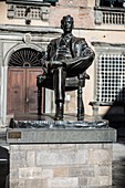 Monument dedicated to Giacomo Puccini and placed in front of the birthplace of the musician, now a museum