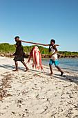 Fisherman with fresh catch, Red Snapper, Temple Point Resort, Mida Creek, Watamu, Malindi, Kenya