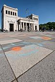 Blick auf den Königsplatz in München, Bayern, Deutschland, Europa