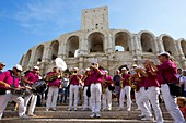 Frankreich, Bouches-du-Rhône, Arles, die Arena, das römische Amphitheater (80-90 n. Chr.), Historisches Denkmal, UNESCO-Weltkulturerbe, Reis-Feria