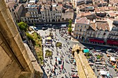 France, Gironde, Bordeaux, district classified UNESCO World Heritage, from the Saint Michel church, overlooking the square Canteloup and flea market
