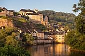 France, Dordogne, Périgord Noir, Terrasson Lavilledieu, town on the Vezere River banks