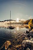 Silsersee bei Sonnenaufgang im Oberengadin, Sankt Moritz im Engadin, Schweiz\n