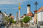Town square with former Jesuit church, Straubing, Danube bike path, Lower Bavaria, Bavaria, Germany