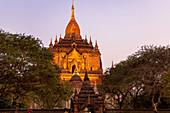 Htilominlo Tempel in der Abenddämmerung, Bagan, Myanmar