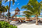 "Playa Norte - popular beach in the north of ""Isla Mujeres"", Quintana Roo, Yucatan Peninsula, Mexico"