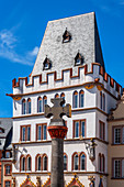 Market cross with Steipe at the main market, Trier, Mosel, Rhineland-Palatinate, Germany