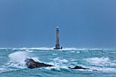 Leuchtturm Goury im Sturm am frühen Morgen, Cotentin Halbinsel, Normandie, Frankreich