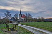 View of the chapel at Hohenfeld in the evening, Kitzingen, Lower Franconia, Franconia, Bavaria, Germany, Europe