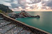 Sonnenuntergang in Portovenere, Weltkulturerbe, Provinz La Spezia, Region Ligurien, Italien, Europa, Langzeitbelichtung