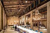Italy, Lombardy, Milan, Via Giuseppe Meda, Carlo restaurant in Segheria e Camilla in a former factory from 1929