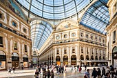 Italy, Lombardy, Milan, Vittorio Emmanuel II Gallery, shopping arcade built on the 19th century by Giuseppe Mengoni