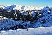 In the ski area Zauchensee, Sportwelt Amadé, mountains, ski slopes, winter landscape, Alps, snow, skiers, winter in Salzburg, Austria