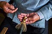 Japan, Honshu island, Kansai region, Kyoto, Mr Tanimura Yasaburo, making chasen, whip for matcha for the tea ceremony
