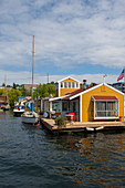 Houseboats on Lake Union in Seattle, Washington State, USA.