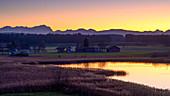 Sonnenuntergang am Fohnsee (Ostersee), Iffeldorf, Bayern, Deutschland