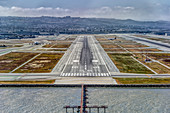 Approaching runway 28L, San Francisco Airport (KSFO / SFO), USA