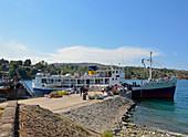 Malawi; Northern Region; Malawi lake; Nkhata Bay Harbor; Passengers get off; Goods and luggage are brought ashore