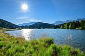 Geroldsee with Karwendel in the background, Werdenfelser Land, Werdenfels, Bavarian Alps, Upper Bavaria, Bavaria, Germany