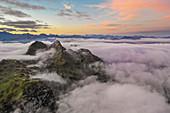 Pfaffeneck und Pöngertlekopf aus der Luft, Vorarlberg, Österreich