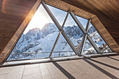 The sun over the top of Mont Blanc seen from Skyway \ncableway station, Punta Helbronner, Aosta, Aosta valley, Italy, Europe