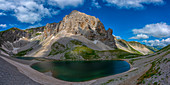 Italy, Umbria, Sibillini mountains, Lake Pilato in Summer
