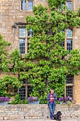 United Kingdom, Worcestershire, Cotswold district, Cotswolds region, Broadway, The Lygon Arms hotel partly dating from the 16th century and acceuillit illustrious guests such as Charles I and Oliver Cromwell