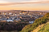 United Kingdom, Scotland, Edinburgh, listed as World Heritage Site by UNESCO, view on Edinburgh and its castle from Holyrood Park