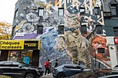 WESTERN UNION BANK AND MURALS, RUE SAINTE CATHERINE, MONTREAL, QUEBEC, CANADA