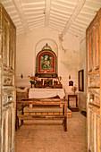 Altar of the chapel Madonna di Rio Bagno, Grande Anello dei Sibillini, Sibillini Mountains, Monti Sibillini, National Park Monti Sibillini, Parco nazionale dei Monti Sibillini, Apennines, Marche, Umbria, Italy