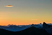 Mountain silhouettes at dawn with Allgäu Alps and Lechquellen Mountains, from the Zafernhorn, Großes Walsertal Biosphere Reserve, Bregenz Forest Mountains, Bregenzerwald, Vorarlberg, Austria