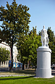 Reiterin auf Pferd Statue an der Donau Promenade in Bratislava, Slowakei