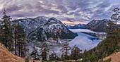 Plansee am Morgen, Reutte, Tirol, Österreich