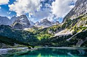 Sommertag am Seebensee, Ehrwald, Tirol, Österreich