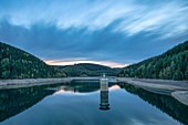 The Ohratalsperre at the blue hour, Luisenthal, Thuringian Forest, Thuringia, Germany, Europe