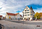Das Kornhaus auf dem Großer Kornhausplatz in Kempten, Bayern, Deutschland