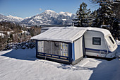 Snow-covered caravan, Alpencamping Nenzing in winter, Nenzing, Bludenz District, Vorarlberg, Austria, Europe