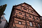 Historisches Fachwerkhaus im Kloster Heiligkreuztal (ehemalige Zisterzienser Abtei), Altheim bei Riedlingen, Baden-Württemberg, Deutschland, Europa