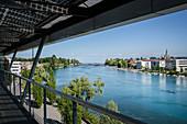 Blick über Rhein hin zum Münster und dem Bodensee, Konstanz, Baden-Württemberg, Deutschland, Europa