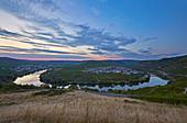 Summer evening on the Moselle loop near Trittenheim, wine-growing region, Rhineland-Palatinate, Germany, Europe