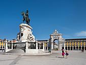 Platz des Handels, Palastgelände mit Reiterstatue von König Jose 1., Praca do Comércio, Lissabon, Portugal, Europa