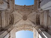 Triumphbogen Arco da Rua Augusta, Platz des Handels, Palastgelände, Praca do Comércio, Lissabon, Portugal, Europa
